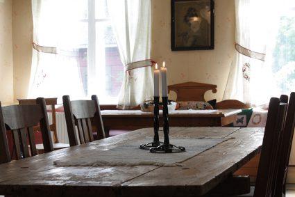 Köksbord i det gemensamma utrymmet